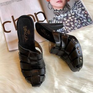 Sbicca California Black Leather Stacked Heels 9M